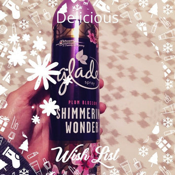 Glade Winter Collection 9.7 oz. Share the Spirit Holiday Scented Air Freshener Spray uploaded by Viris M.