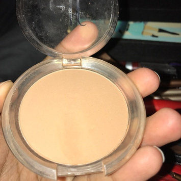 Photo of e.l.f. Cosmetics Prime & Stay Finishing Powder uploaded by Mariah J.