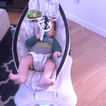 Photo of 4Moms MamaRoo Plush uploaded by Rocio V.