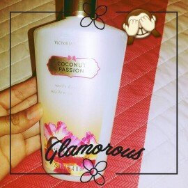 Photo of Victoria's Secret Seductive Amber Hydrating Body Lotion uploaded by Andrea S.