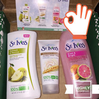 St. Ives Even & Bright Body Wash uploaded by Kae L.