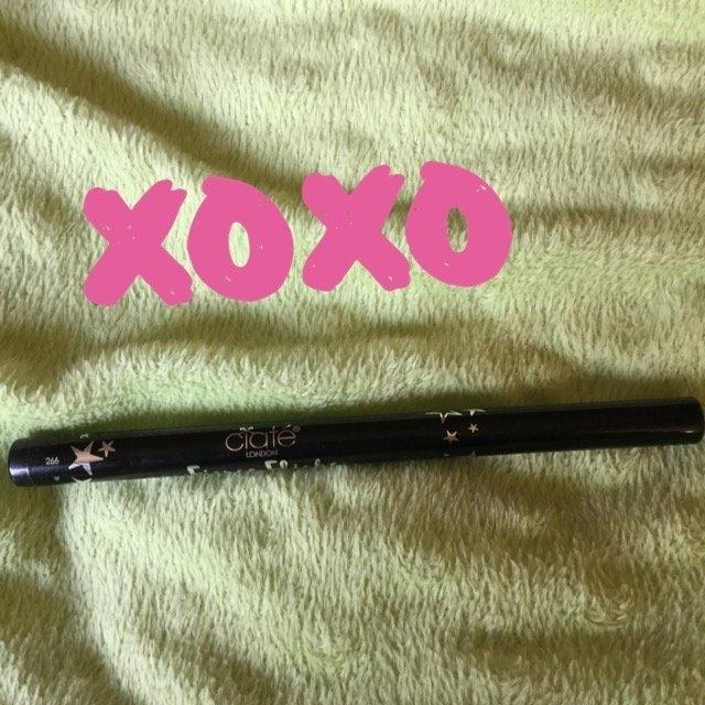 Ciate London Chisel Liner High Definition Tip Eyeliner Black 0.03 oz uploaded by Emilia K.