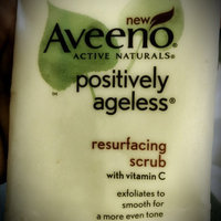 Aveeno® Positively Ageless® Resurfacing Scrub with Vitamin C 5 oz. uploaded by Jasmine M.