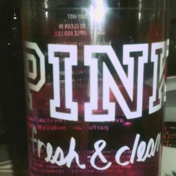 Photo of Victoria's Secret Fresh & Clean Body Mist 8.4 oz (250 ML) (New Packaging) uploaded by Alejandra A.