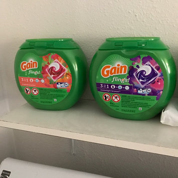 Gain Flings! Moonlight Breeze Laundry Detergent Pacs uploaded by Lily B.