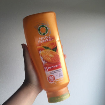 Photo of Herbal Essences Body Envy Volumizing Conditioner uploaded by Reira W.