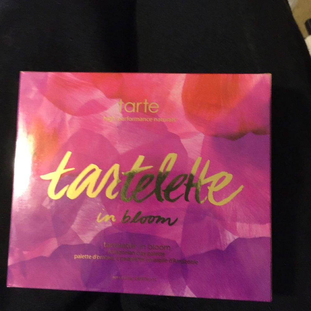 tarte™ tartelette in bloom clay palette