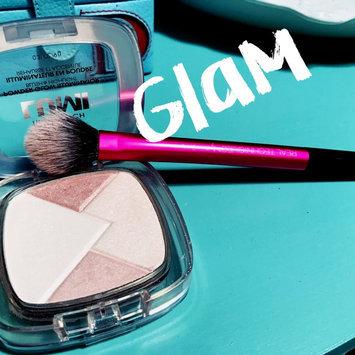 L'Oréal® Paris True Match Lumi Powder Glow Illuminator uploaded by Dusti M.