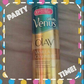 Gillette Venus® with a touch of Olay® Vanilla Cashmere™ Shave Gel uploaded by alejandra a.
