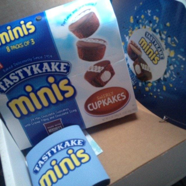 Tastykake® Minis Swirly Cupkakes 8 - 1.5 oz Packages uploaded by Jeniere P.