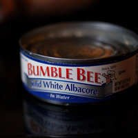 Bumble Bee Solid White Albacore Tuna In Water uploaded by Patricia W.