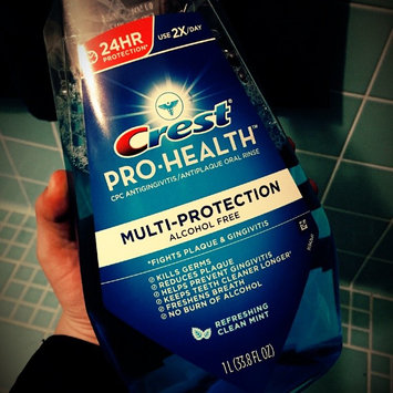 Photo of Crest Pro-health Multi-protection Mouthwash uploaded by Emmy G.