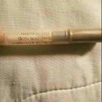 Neutrogena Skin Soothing Undereye Corrector 0.05 oz (1.4 g) - Soft Light 01 uploaded by Priscilla D.