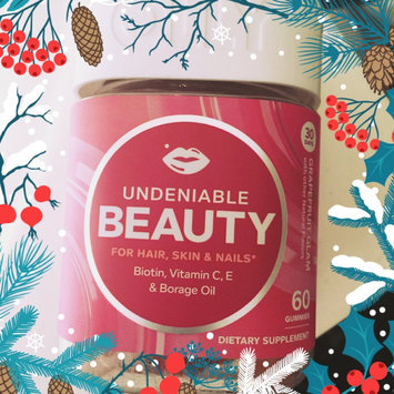 Olly Undeniable Beauty Grapefruit Glam Vitamin Gummies uploaded by L Alexa F.