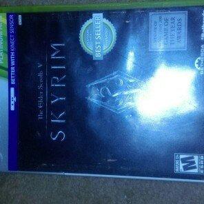 Photo of Bethesda Elder Scrolls V: Skyrim (Xbox 360) uploaded by Sonya B.