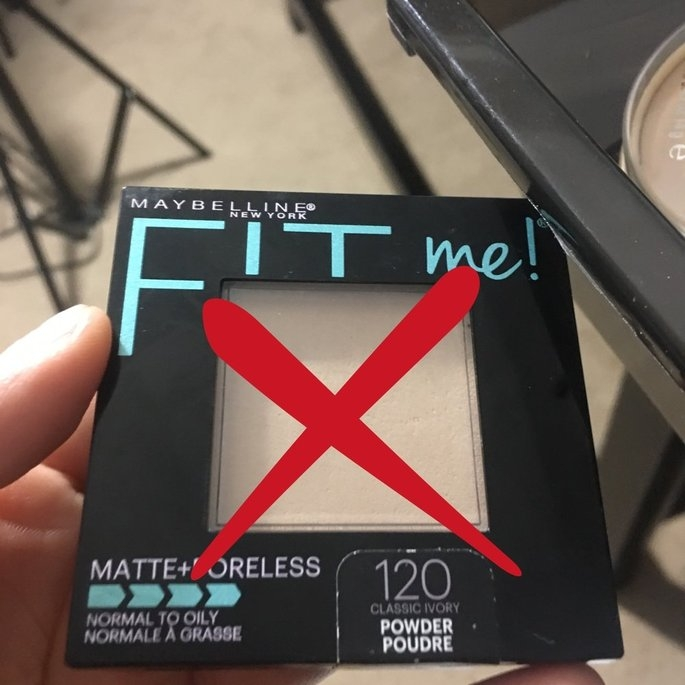 Maybelline Fit Me! Set + Smooth Pressed Powder uploaded by Juliana L.
