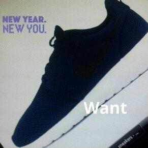 Men's Nike 'Roshe Run' Sneaker, Size 8.5 M - Blue uploaded by Willians E.