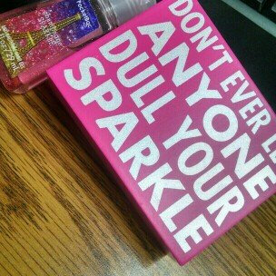 Photo of Bath & Body Works Bath Body Works Champagne Sparkle Hand Gel Five 1 Ounce Bottles uploaded by Cassie C.