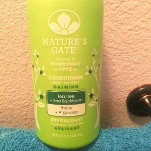 Nature's Gate Jojoba Revitalizing Conditioner for Damaged Hair uploaded by Rania Z.