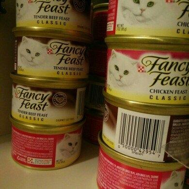 Fancy Feast Classic Gourmet Cat Food uploaded by Devin O.