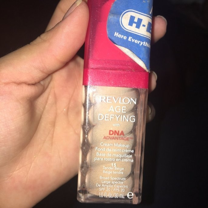 Revlon Age Defying with DNA Advantage Cream Makeup uploaded by Nancy C.