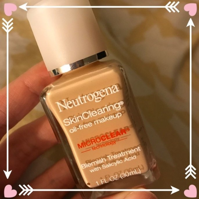 Neutrogena SkinClearing Oil-Free Makeup uploaded by Kendra H.