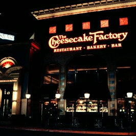 Photo of Cheesecake Factory Cheesecakes  uploaded by Nancy c.