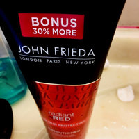 John Frieda® Radiant Red Red Boosting Conditioner uploaded by Leticia P.