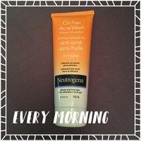 Neutrogena Oil-Free Acne Wash Cream Cleanser uploaded by Clara S.