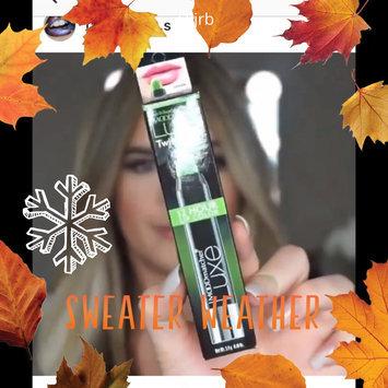 Photo of L'Oréal Paris Colour Riche® Balm Pop uploaded by member-f7625461f