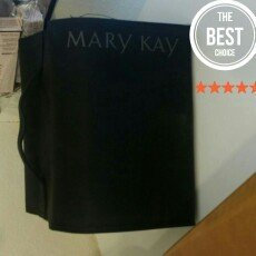 Mary Kay  Travel Roll-Up Makeup Bag uploaded by Savanna M.