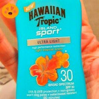 Hawaiian Tropic Island Sport C-Spray SPF 15, Light Tropical, 6 fl oz uploaded by Cara G.