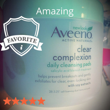 Aveeno Clear Complexion Daily Cleansing Pads uploaded by Silvia Renier R.