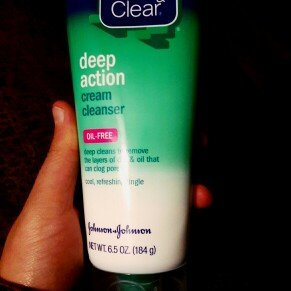 Photo of Clean & Clear® Deep Action Cream Cleanser uploaded by Juliana H.