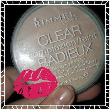 Photo of Rimmel London Clear Complexion Anti Shine Powder uploaded by Elissa B.