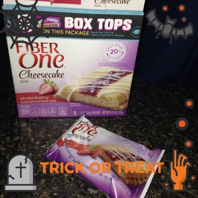 Fiber One Cheesecake Bar Strawberry uploaded by Casey H.