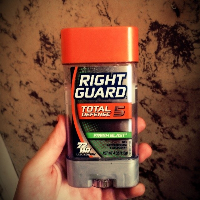 Right Guard Total Defense 5 Antiperspirant & Deodorant Solid Arctic Refresh uploaded by Anna R.