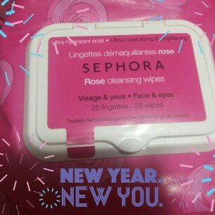 Photo of SEPHORA COLLECTION Cleansing & Exfoliating Wipes Rose 25 Wipes uploaded by Natalie G.
