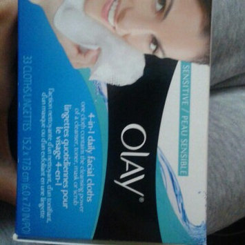 Photo of Olay Daily Facials Daily Clean 4-in-1 Water Activated Cleansing Cloths uploaded by Rosie S.