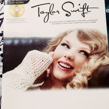 Photo of Hal Leonard Taylor Swift For Clarinet - Instrumental Play-Along Book/CD uploaded by Abi E.