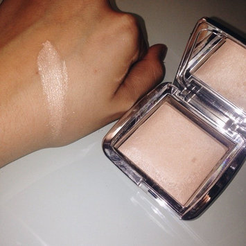 Hourglass Ambient® Strobe Lighting Powder uploaded by Maria G.
