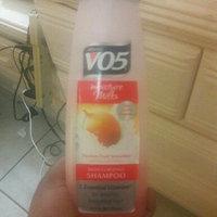 Alberto VO5® Moisture Milks Moisturizing Shampoo Passion Fruit Smoothie uploaded by karolin a.