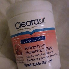 Photo of CLEARASIL® Daily Clear Refreshing Superfruit Pads uploaded by Sandra G.