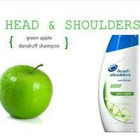 Head & Shoulders Green Apple Dandruff Shampoo uploaded by Lynn L.