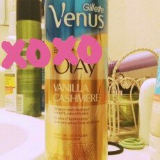 Photo of Gillette Venus® with a touch of Olay® Vanilla Cashmere™ Shave Gel uploaded by Audrey O.