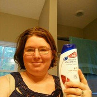 Head & Shoulders Full & Strong 2-in-1 Dandruff Shampoo + Conditioner uploaded by Kiera Y.