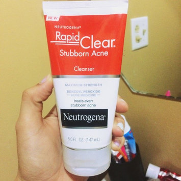 Neutrogena® Rapid Clear® Stubborn Acne Cleanser 5 fl. oz. Tube uploaded by Andria P.