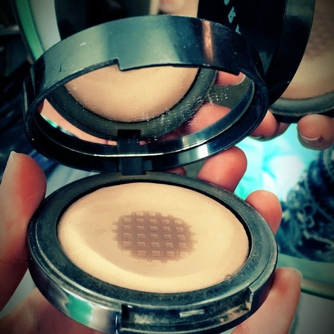 LORAC POREfection Baked Perfecting Powder uploaded by Jayne P.