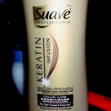 Photo of Suave Professionals Keratin Infusion Color Care Conditioner uploaded by Brittany M.