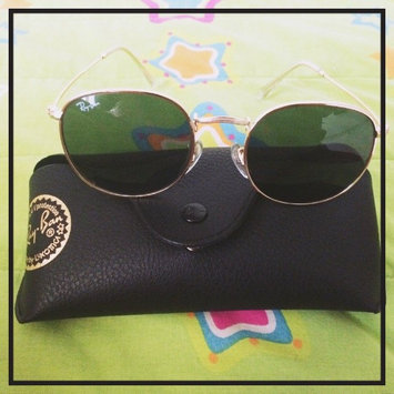 Photo of Ray-Ban 3447 Round Metal Gold 001 47mm uploaded by Estefania A.